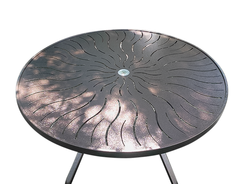 R-36PUNCH-Round-Table